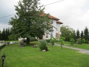 02 Samostan