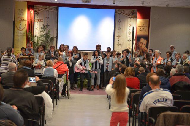 Proslava obljetnice 20 godina postojanja Vjere i svjetla u Đakovu